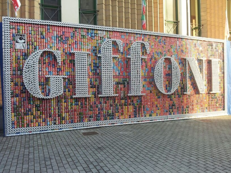 Il mega pannello in lattine di alluminio di CiAl al Giffoni Film Festival 2013